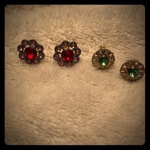 Jewelry - Small Victorian Studs; 2 for $10 Earrings 😍
